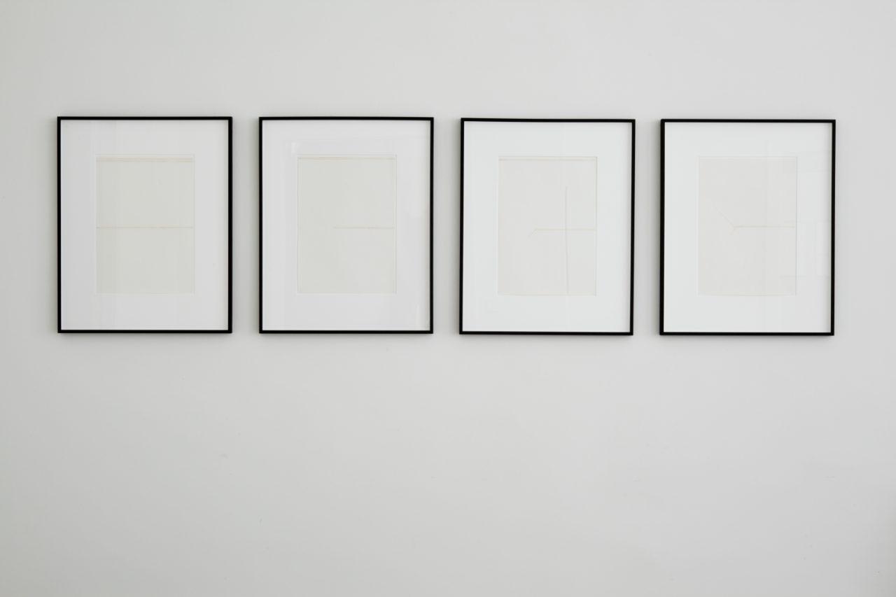 Florian Pumhösl: Zeichnungen, Installation view