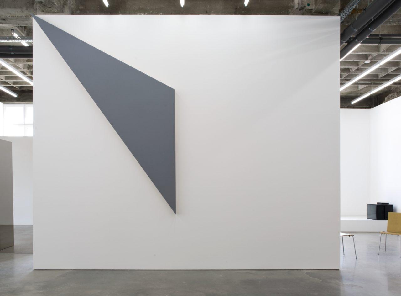 Morgan Fisher, Edge and corner paintings (2005)
