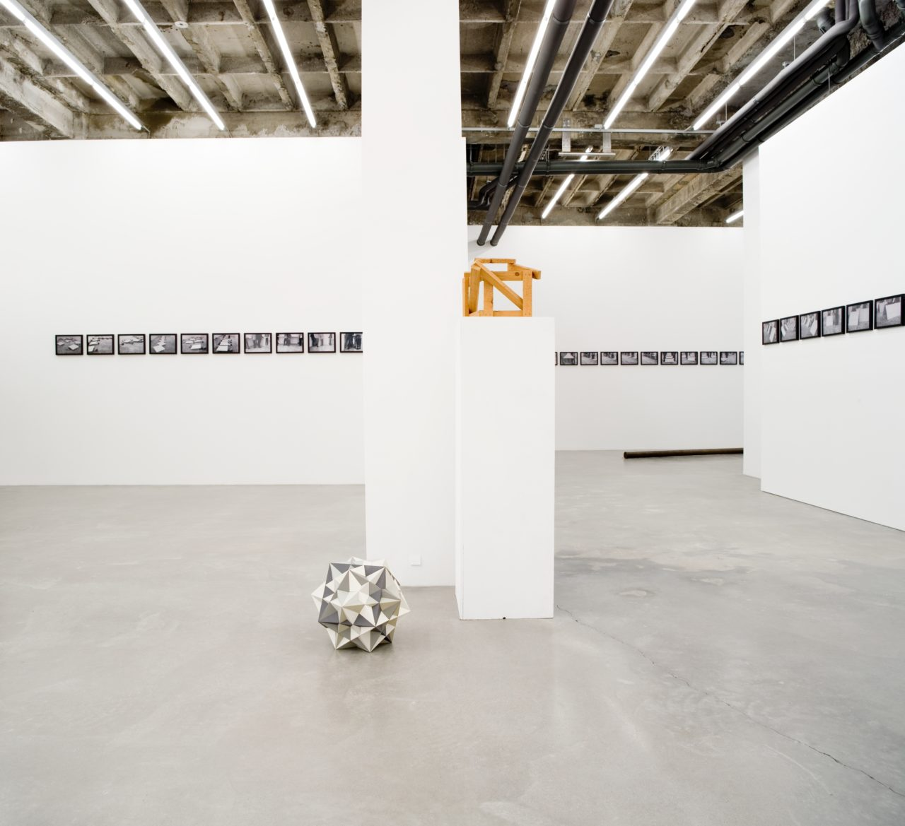 It's about sculpture, Installation view