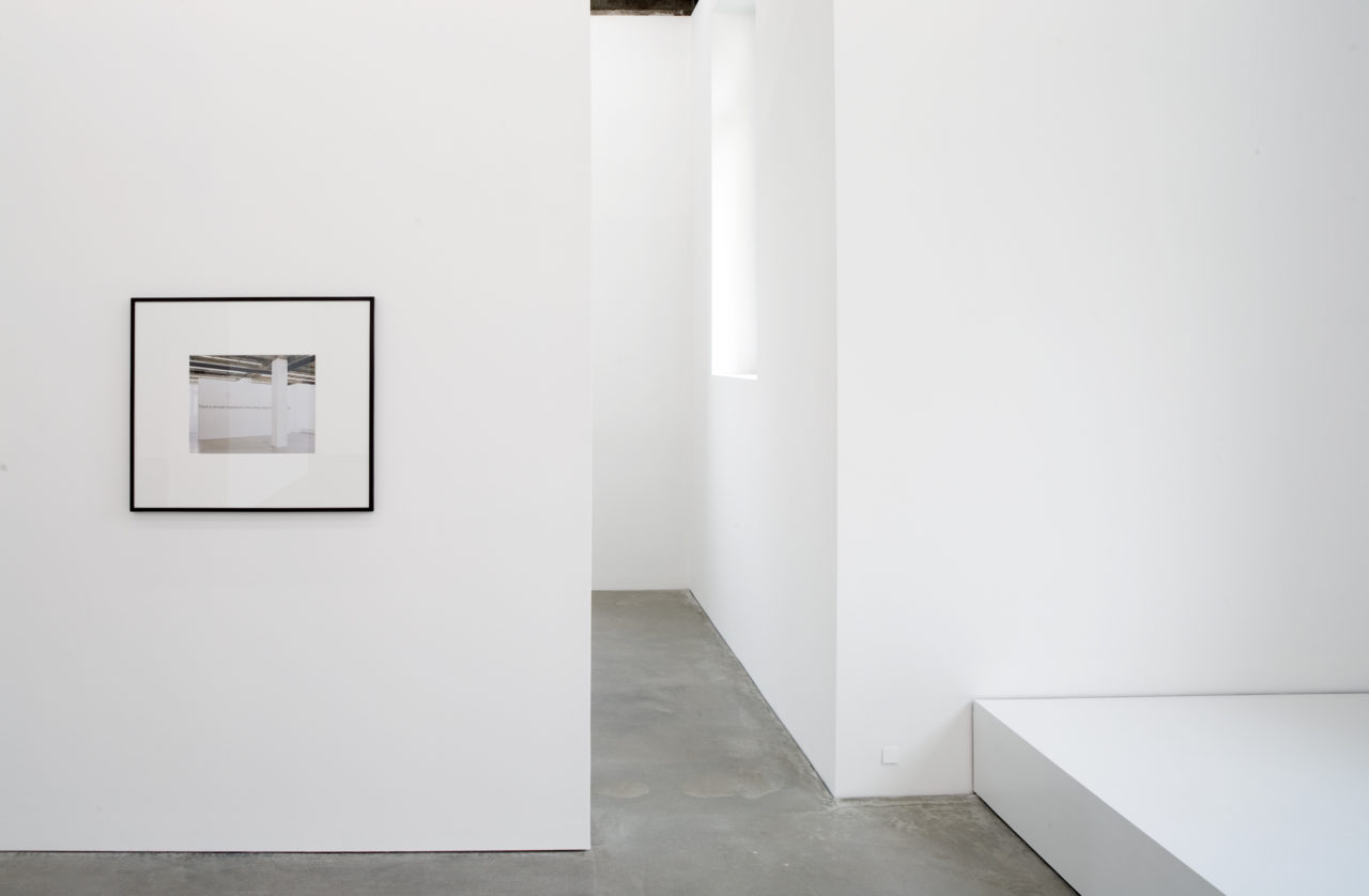 Jan Timme, There is enough magnesium in the human body to take a photograph (installation shot) (2005)